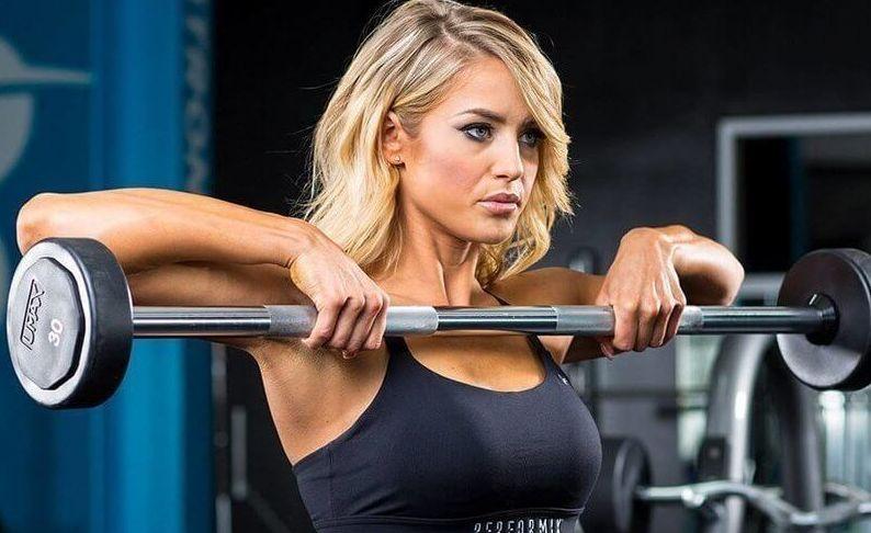 Các bài tập vai cho nữ khi tập gym